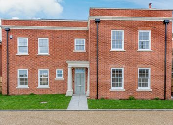 6 bed detached house for sale in Chelmsford Road, Felsted CM6