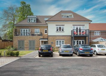 Thumbnail Flat for sale in Shepperton