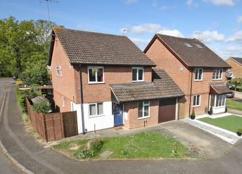 Thumbnail 4 bed detached house for sale in Chatelet Close, Horley, Surrey