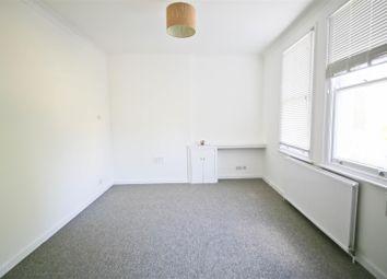 Thumbnail Studio to rent in Grange Park, Ealing, London