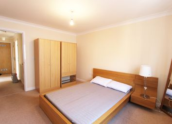 Thumbnail 1 bed flat to rent in Upper High Street, Epsom