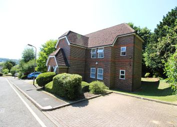 Thumbnail 3 bed flat to rent in Glamis Court, Malmerswell Road, High Wycombe