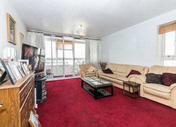 Thumbnail 2 bed flat for sale in Nightingale Vale, London