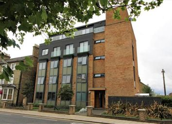 2 bed property to rent in Grove Apartments, Goldington Road MK40