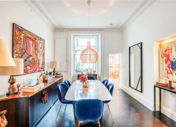 Cromwell Place, London SW7. 3 bed flat for sale