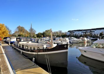Thumbnail 2 bed houseboat for sale in Chiswick Quay Marina, Chiswick