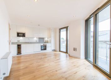 Thumbnail 2 bed flat to rent in Regents Park Road, Finchley Central
