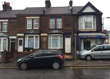 3 bed terraced house to rent in Dallow Road, Luton LU1