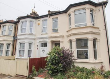 2 bed flat for sale in Hillcrest Road, Southend-On-Sea SS1