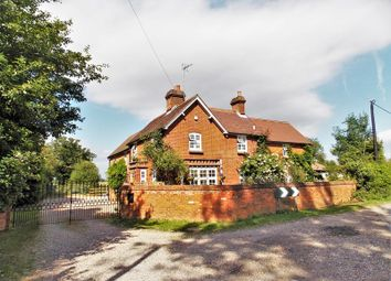 Thumbnail 4 bedroom farmhouse for sale in Beenham Hill, Beenham, Reading