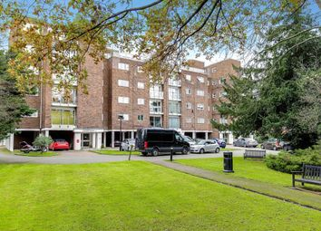 Claydon House, Holders Hill Road, London NW4. 2 bed flat for sale