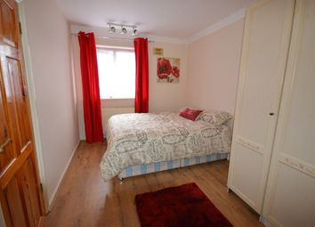 Thumbnail Room to rent in Hilary Road, Shepherds Bush
