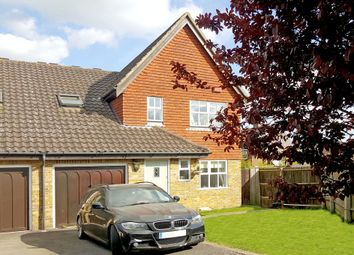 Thumbnail 4 bed link-detached house for sale in Barnes Walk, Marden, Tonbridge