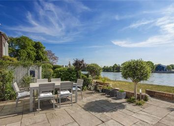 Thumbnail 4 bed terraced house for sale in 43 Chiswick Quay, Chiswick, London