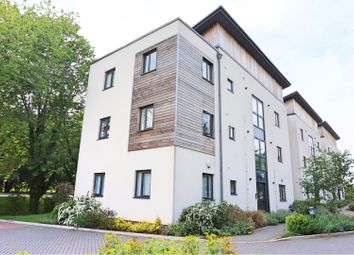 Thumbnail 2 bed flat for sale in Stickley Court, Faringdon