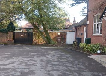 Thumbnail Hotel/guest house for sale in Bonehurst Road, Horley