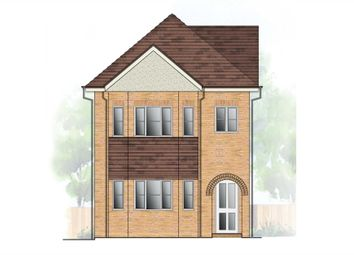 Thumbnail 2 bed maisonette for sale in West Valley Road, Hemel Hempstead