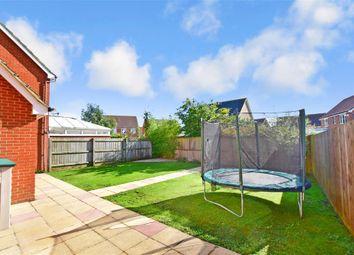 Thumbnail 3 bed detached house for sale in Stansfeld Avenue, Hawkinge, Folkestone, Kent