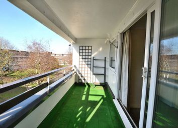 Thumbnail 1 bed flat for sale in Fair Acres, Hayes, Bromley
