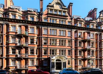 Thumbnail 3 bed flat for sale in Glentworth Street, London