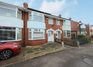 3 bed property for sale in Kirkham Drive, Hull HU5
