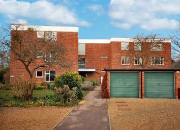Thumbnail 3 bed flat to rent in Croftgate, Cambridge
