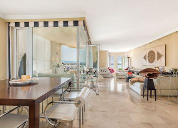 Thumbnail 4 bed apartment for sale in Paseo Maritimo, Balearic Islands, Spain
