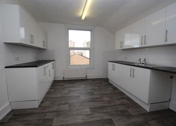 2 bed flat to rent in Beach Road, Clacton-On-Sea CO15