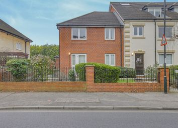 Thumbnail 1 bed property for sale in Gales Drive, Crawley