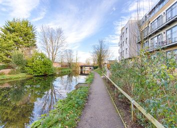 Thumbnail 2 bedroom flat for sale in Smeaton Court, Hertford