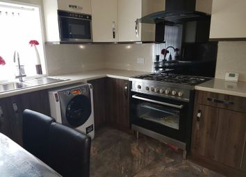 Thumbnail 4 bed flat to rent in Leeds Old Road, Bradford