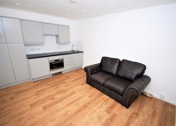 Thumbnail 1 bed flat to rent in 55 Binswood Avenue Leamington Spa, Leamington Spa