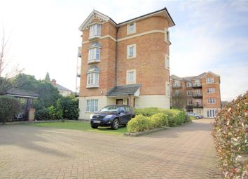 2 bed flat to rent in Bishops Court, 19 Bedford Road, Reading, Berkshire RG1