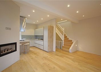 3 bed maisonette to rent in Hillside Road, London SW2