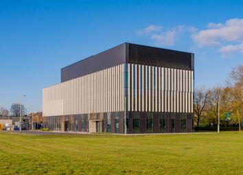 Thumbnail Office to let in Princess Parkway, Manchester