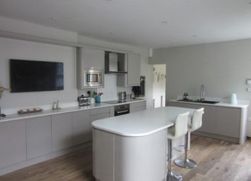 Thumbnail 7 bedroom end terrace house to rent in Eaton Crescent, Uplands, Swansea