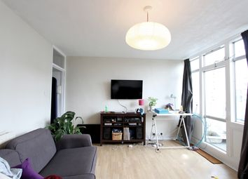 2 bed maisonette to rent in Barrington Road, London SW9