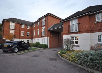 2 bed flat to rent in North Street, Hornchurch RM11