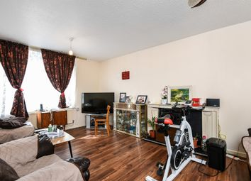 3 bed maisonette for sale in Hicks Close, Battersea, London SW11