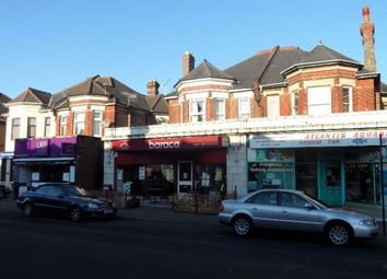 2 bed flat to rent in Charminster Road, Bournemouth BH8