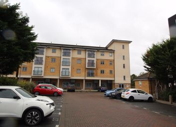 Thumbnail 2 bed flat to rent in London Road, Wickford