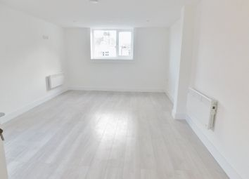 Thumbnail Room to rent in Avenue Road, Gosport