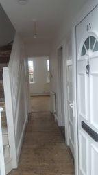 Thumbnail 2 bed flat to rent in Wrythe Lane, Carshalton