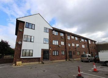 Thumbnail 1 bedroom flat to rent in 240 Leigh Road, Leigh-On-Sea, Essex
