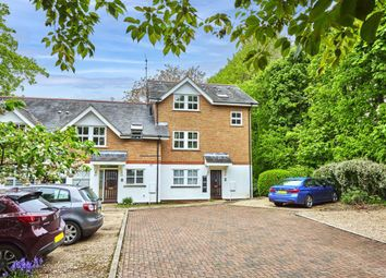 Thumbnail 1 bed flat to rent in Poets Court, Harpenden, Hertfordshire