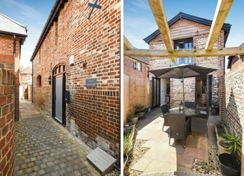 Thumbnail 2 bed flat for sale in Stiles Yard, Alresford