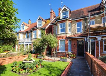 Thumbnail 3 bed maisonette for sale in College Hill, Steyning