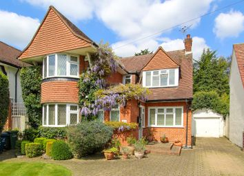 Thumbnail 3 bedroom detached house for sale in Cavendish Drive, Edgware
