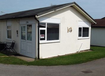 Thumbnail 2 bedroom mobile/park home for sale in 13B Sixth Avenue, South Shore Holiday Village, Bridlington