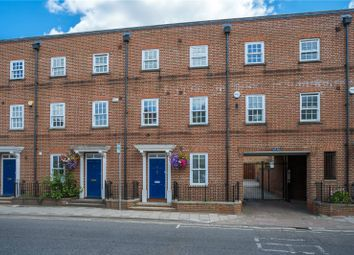 Bell Street, Henley-On-Thames, Oxfordshire RG9. 3 bed terraced house